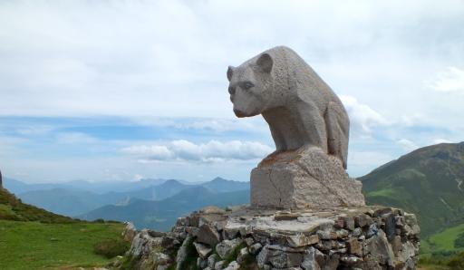 Bear Statue, Mirador del Oso, San Glorio, Collado de Llesba (Cantabria)