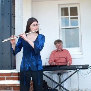 """Hannah and John Sterry from """"The Sterrys"""" jazz trio."""