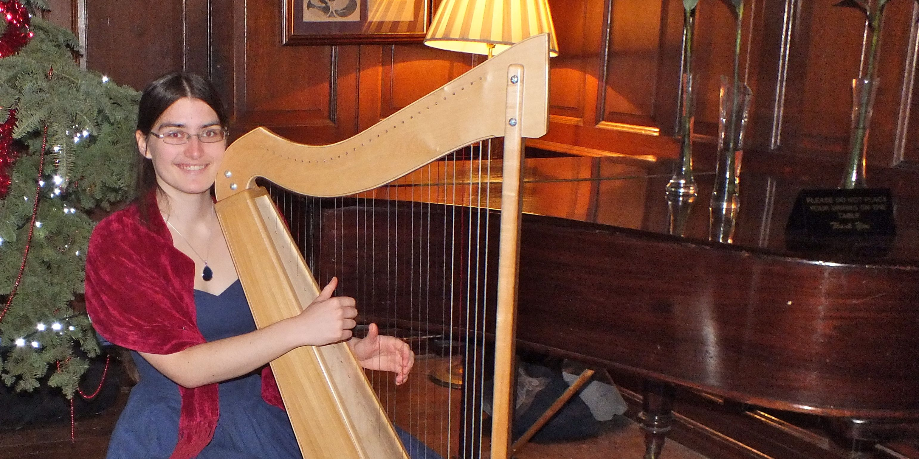 Hannah Sterry: Wedding Harpist in Salcombe, Kingsbridge, Devon