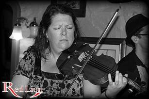 Mel Brindle on violin with Hamer & Isaacs gypsy swing band and special guests at The Red Lion Newquay in Cornwall.